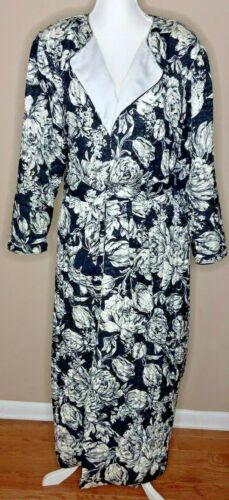 Mary McFadden Neiman Marcus Quilted Robe Wrap Styl
