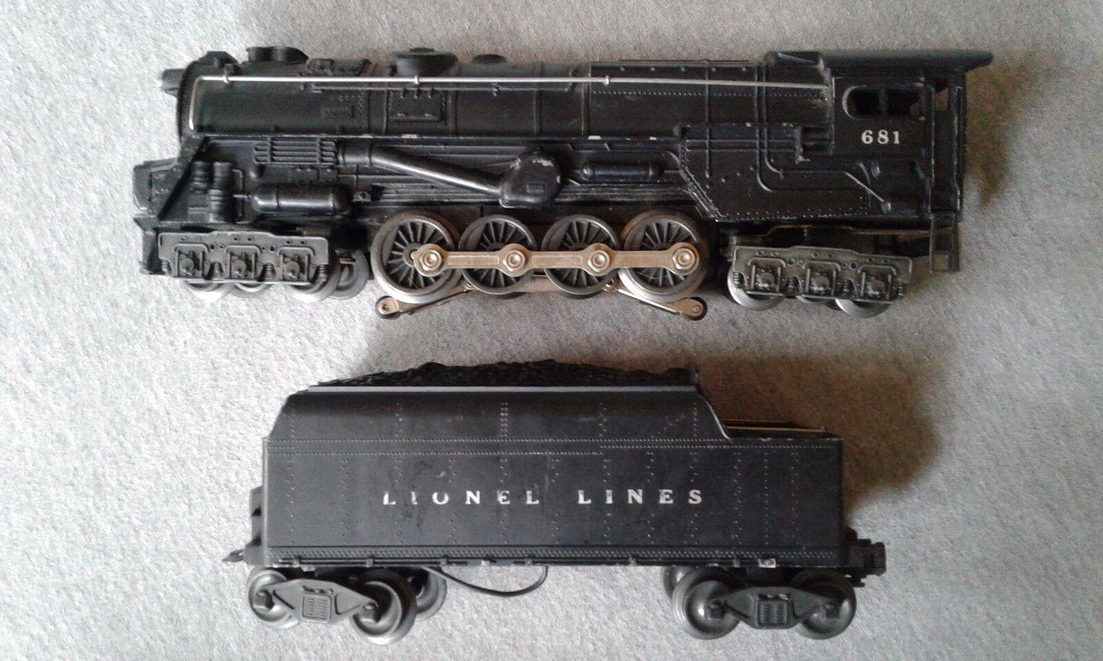 Lionel Turbine Steam Engine w  Magnatraction-Smoke & Lionel 6466WX Tender