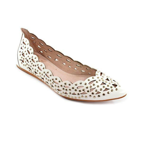 Vince Camuto TAMMA White Kid Patent Flats 8429 Woman's Size 6 M NEW