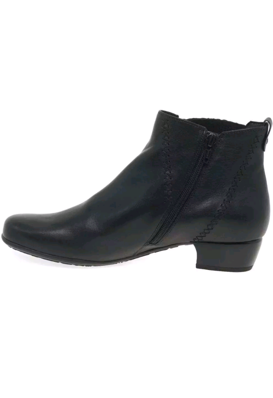 GABOR BETIDE LADIES WIDE FIT ANKLE MODERN BOOTS-BLACK LEATHER
