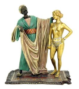 Wiener-Bronze-Figur-Sklavenhandler-mit-nackter-Sklavin-signiert-Bergmann