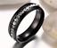 Anello-Acciaio-Nero-fascia-incisione-Nome-e-Data-Fede-Fedina-Donna-Idea-Regalo miniatura 5