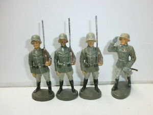 Convolute-4-Old-Hausser-Elastolin-Ground-Soldiers-Parade-Officer-to-7-5cm