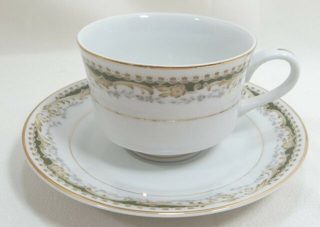 Signature Collection Cup & Saucer Set Queen Anne White with Green Design
