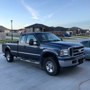 2005 Great condition F250 Super Duty 5.4 4WD Gas