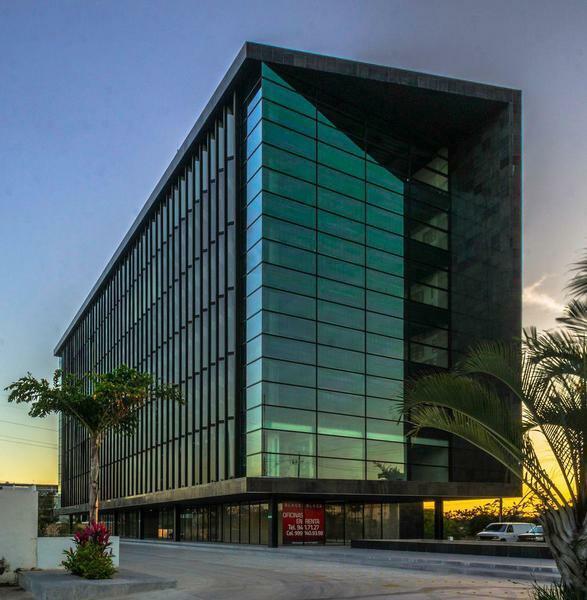 Renta de Oficina en Edificio Black, Merida Yucatan