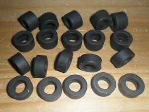 Scalextric-20-new-grippy-90s-F1-f-r-slick-car-tyres-SUPERB-spares-Ferrari-etc