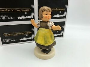Hummel-Figurine-912-B-Liesl-3-7-8in-1-Choice-Top-Zustand-Members-Paint