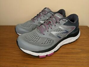 Size 7.5 Running Shoes Sneakers Gray