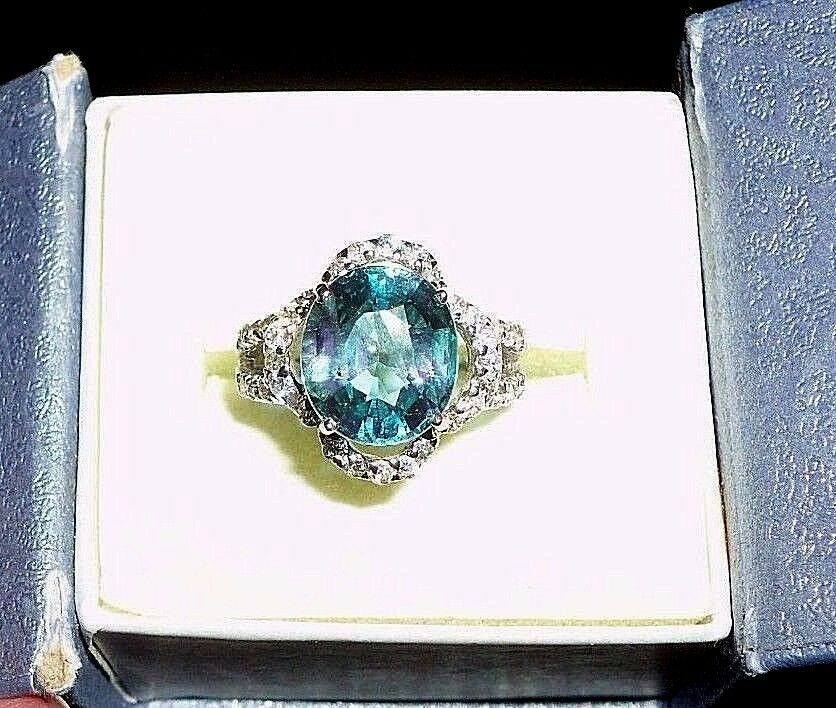Sapphire Ring 3-4Ctw.(approx) Naturally-mined w CZ accents, Size 5.25
