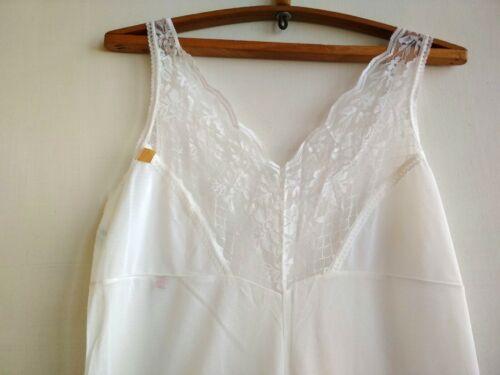 VTG Underdress size L Lace Lingerie Underwear whit
