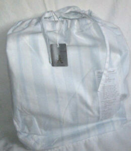RACHEL-ASHWELL-King-FITTED-Sheet-1-WESTMINSTER-WHITE-BLUE