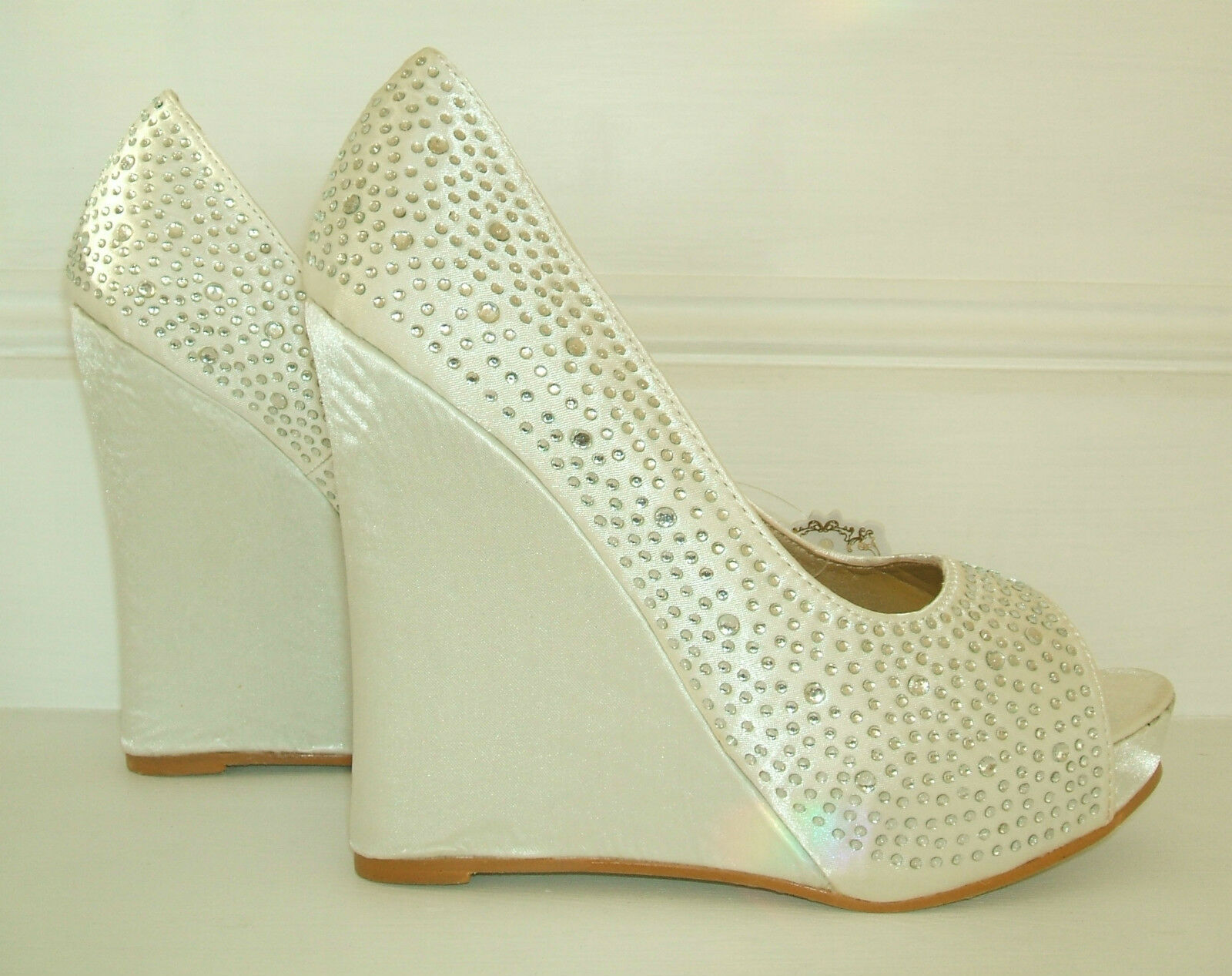 NEW SIZE 3 4 5 7 WHITE OR IVORY SATIN  DIAMANTE HIGH WEDGE BRIDAL OCCASION SHOES