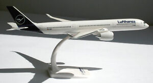 Lufthansa-Airbus-A350-900-1-200-Herpa-Snap-Fit-612258-Flugzeug-Modell-A350