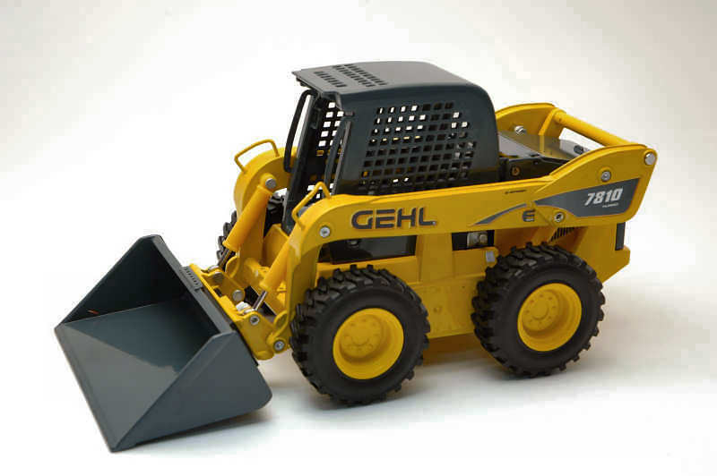 Gehl 7810E Skid Steer Loader 1 25 Model JOAL
