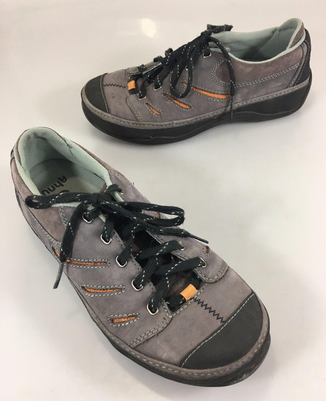 Ahnu Damenschuhe 8.5 Gray Suede Cut-Out Walking Gym Schuhes 39.5EU