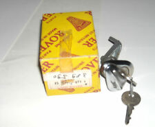 ROVER P6 OUTER RH DOOR LOCK AND BARREL ASSEMBLY WITH KEYS 389590 NOS NEW