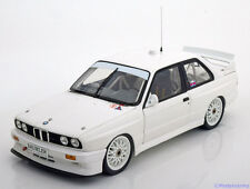 1:18 Minichamps BMW M3 E30 Evolution Plain Body Version 1992 white