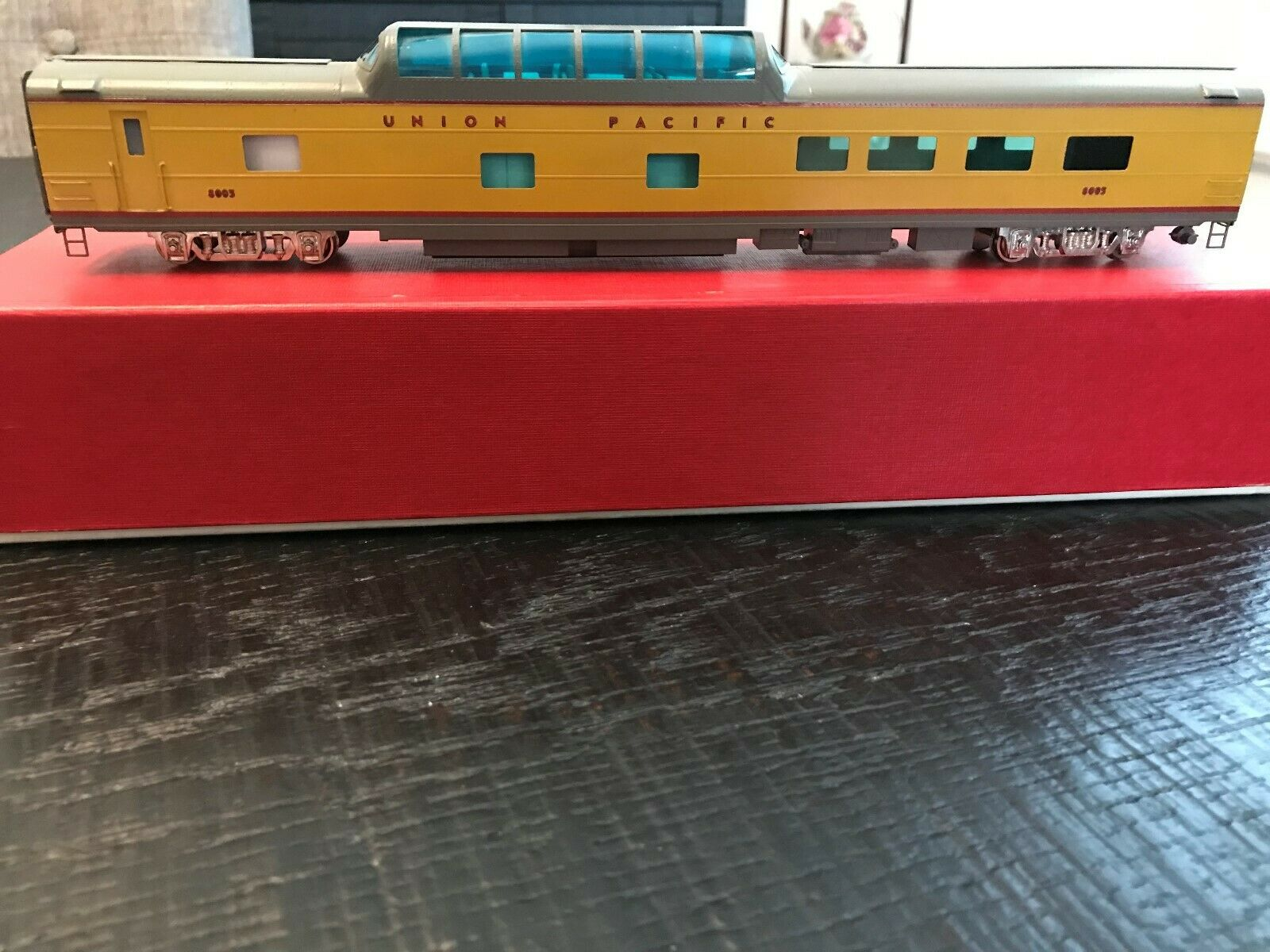SOHO Brass UP AFC Dome Diner HO Scale