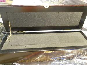Hornby-00001-Locomotive-Tender-Wooden-Display-Box-with-Foam-Insert