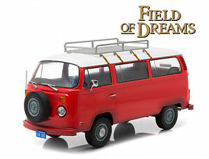 Greenlight Volkswagen Type 2 1973 Red Field of Dreams 1/18 Limited Edition