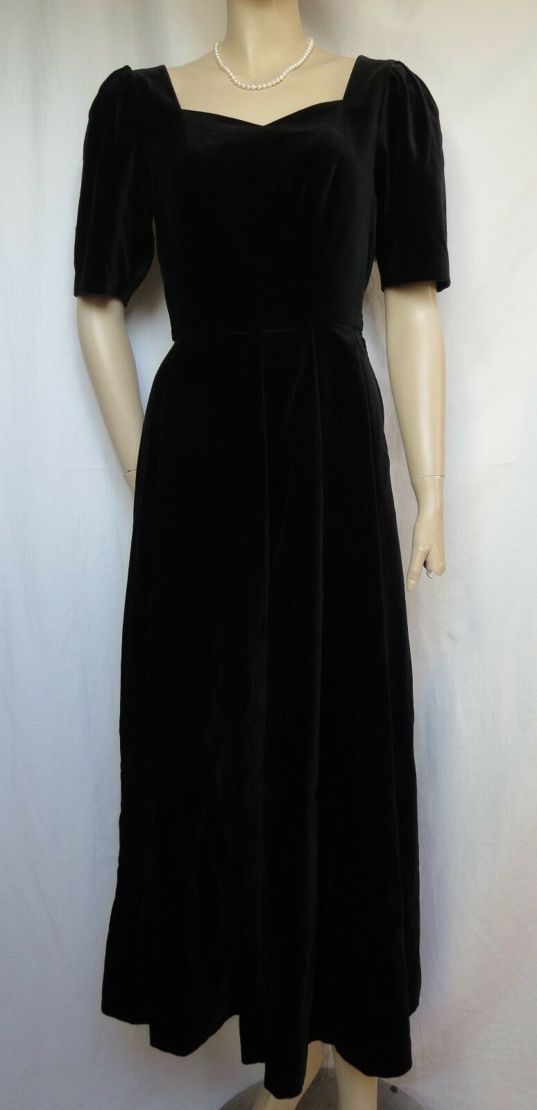 Laura Ashley Samtkleid 34 schwarz Hochzeit Abendkleid vintage Chor Theater