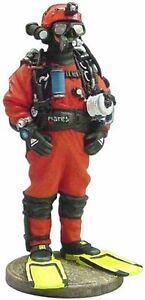 Del Prado 1/32 Figure French diver fireman non-free waters 2002  BOM010