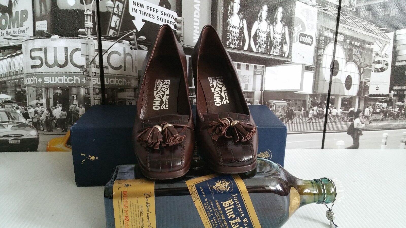 Gorgeous Salvatore Ferragamo Tassel Croc Leather Pump Block Heel Pump US 7.5