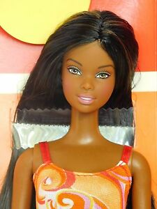 Rio-de-Janeiro-Christie-Mclaren-Autogramme-Fashion-Fever-Barbie-Koerper-B2-56881-New-deboxed