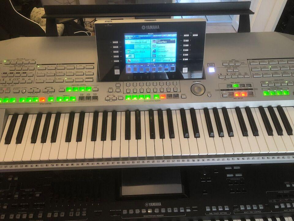 Keyboard, Tyros 2