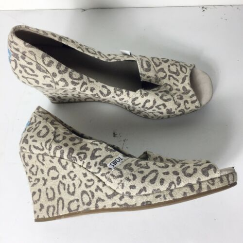 Toms Gray 81/2 Casual Animal Wedges