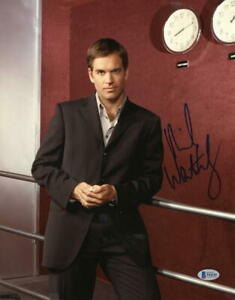 MICHAEL-WEATHERLY-SIGNED-11X14-PHOTO-NCIS-AUTHENTIC-AUTOGRAPH-BECKETT-COA-D