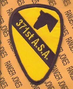 """371st ASA Army Security Agency 1st Cavalry Division 5/"""" patch"""