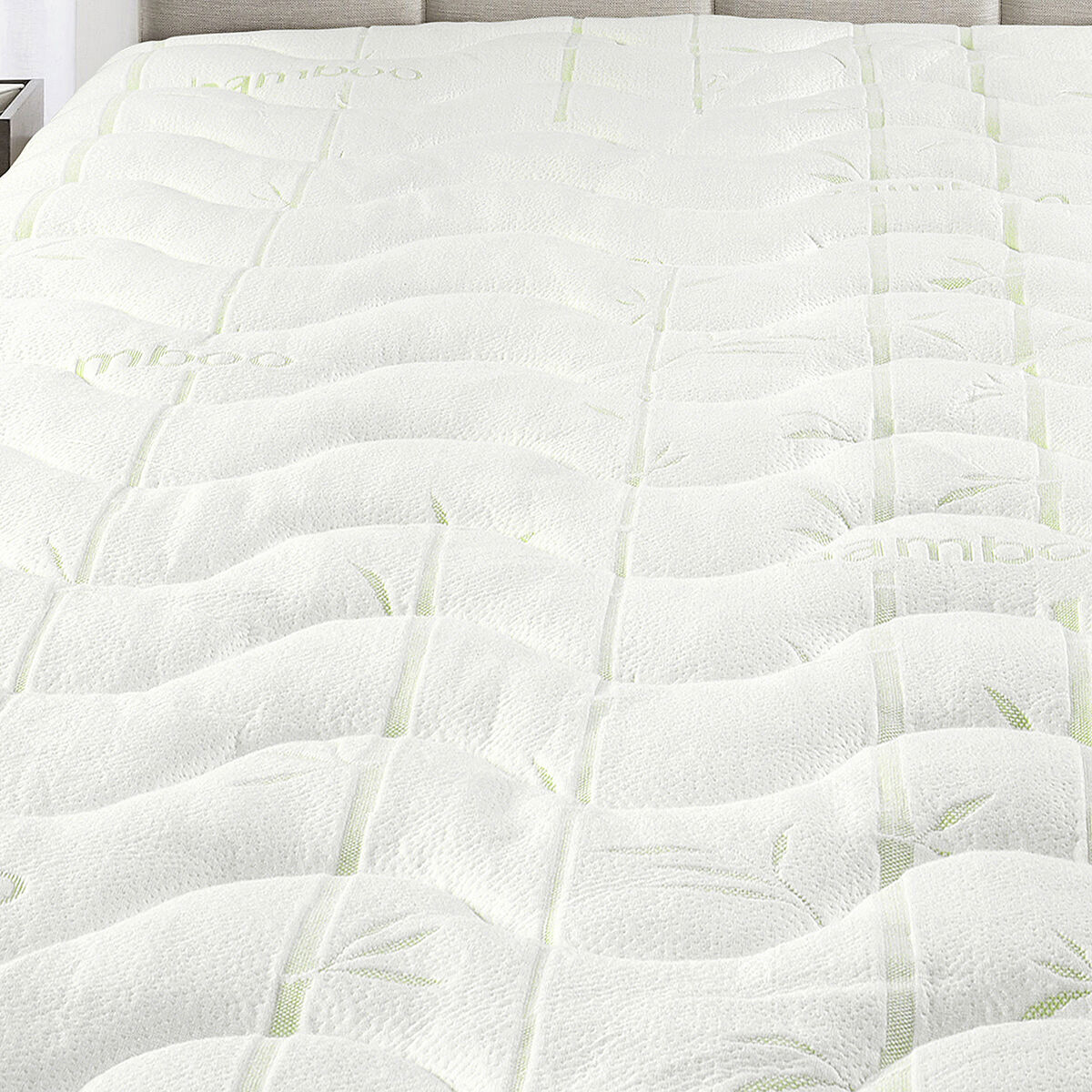 Waterproof Bamboo Jacquard Mattress Pad-Super Soft & Cool To The Touch