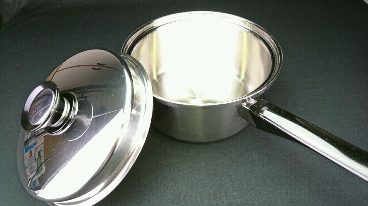 Unused new item Amway Queen Cookware Large source pan IH compatible