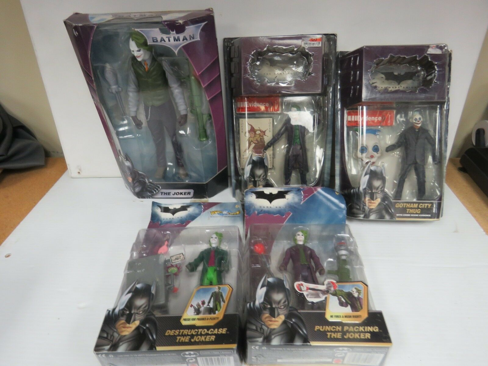 5 Dark Knight Joker Gotham City Heath Ledger BATMAN FIGURE 3905K