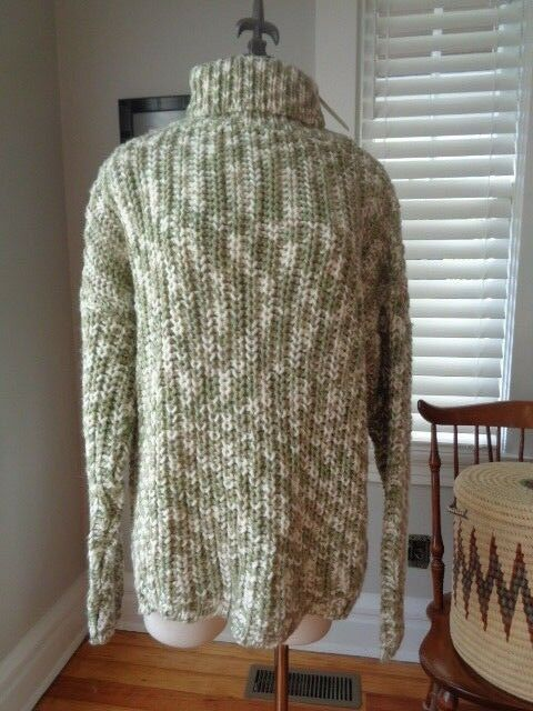 FAITHFULL Rebel hand knitted sage white NWT  women's size M