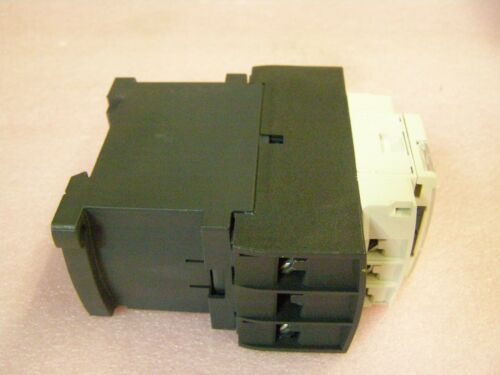 SCHNEIDER ELECTRIC LC1D326 BL 3 Pole TeSys D Contactor