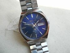 1976 NEW OLD STOCK, STUNNING SEIKO 4004 QUARTZ,ORIGINAL SEIKO BRACELET, ALL SS,