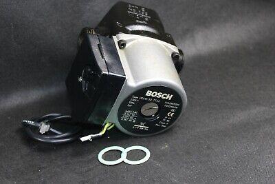 Junkers Pumpe 87172043840 ZSN ZWN 18 24-6 ZB ZSB ZWB ZBS 16 22 8717204384 Bosch