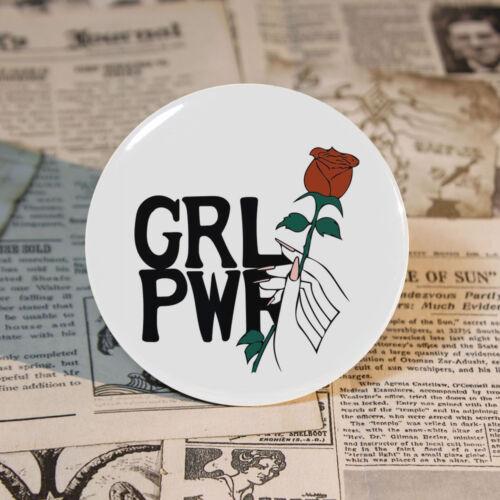 "Me Too PIN BACK GIRL POWER pin badge Feminism BOUTON étain 58mm//2.2/"" Sac Décoration"