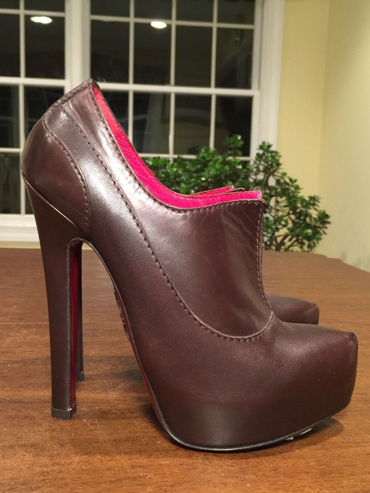 New w  Tags  900 BRIONI Sz 37 US 6.5 Brown Leather Ankle Boots High Heel Booties