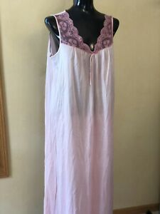 1X Delicates Made in USA  Nightgown Pink Lace