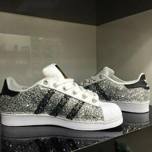 adidas superstar nere personalizzate