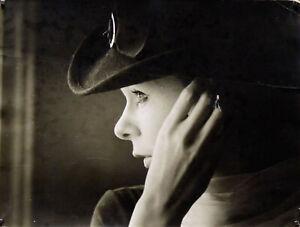 Photographie D'art Portrait De Femme Photographie Signée Au Revers Daniel Chevet Pratique Pour Cuire