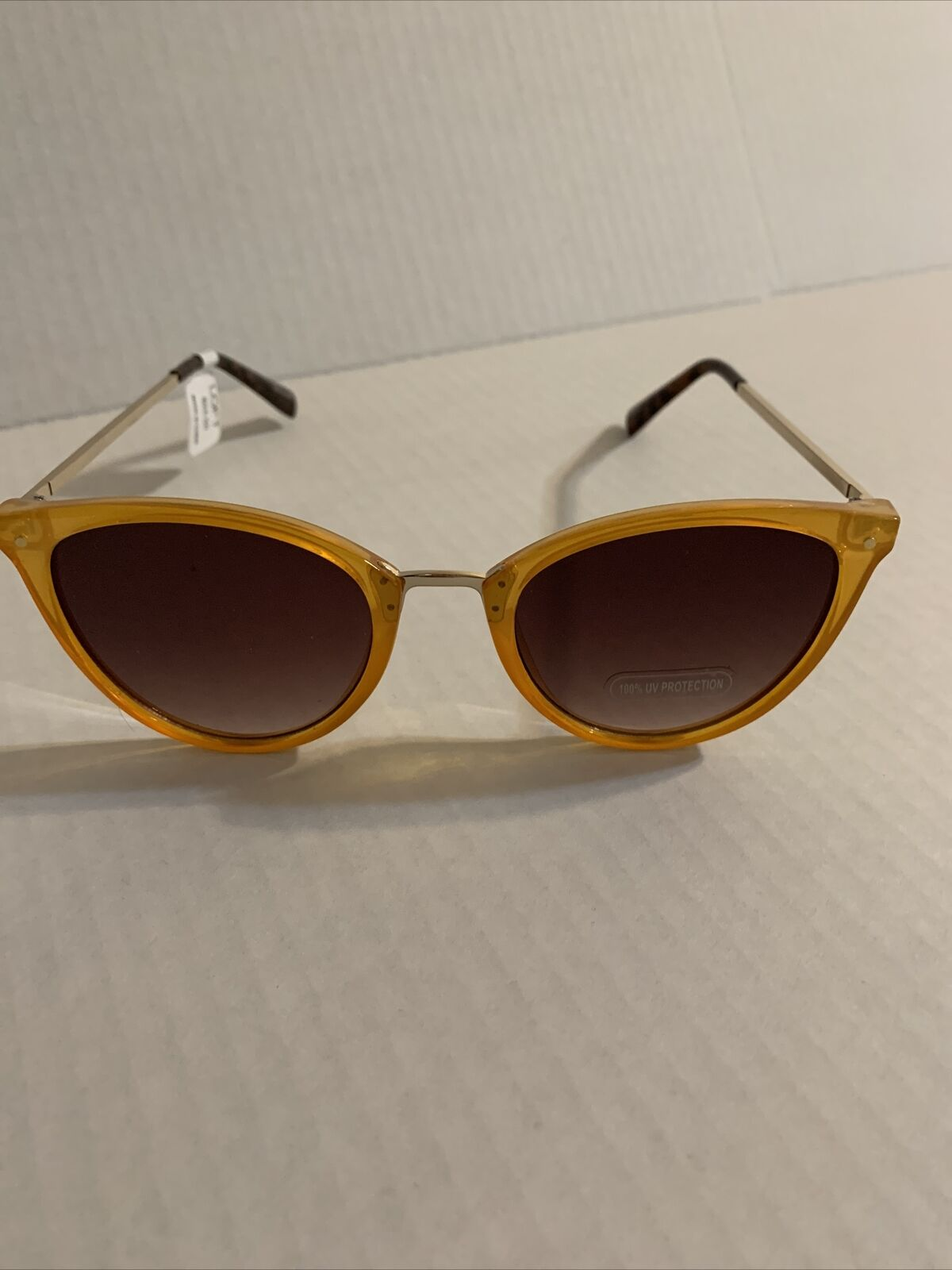 Ann Taylor loft sun glasses J17a