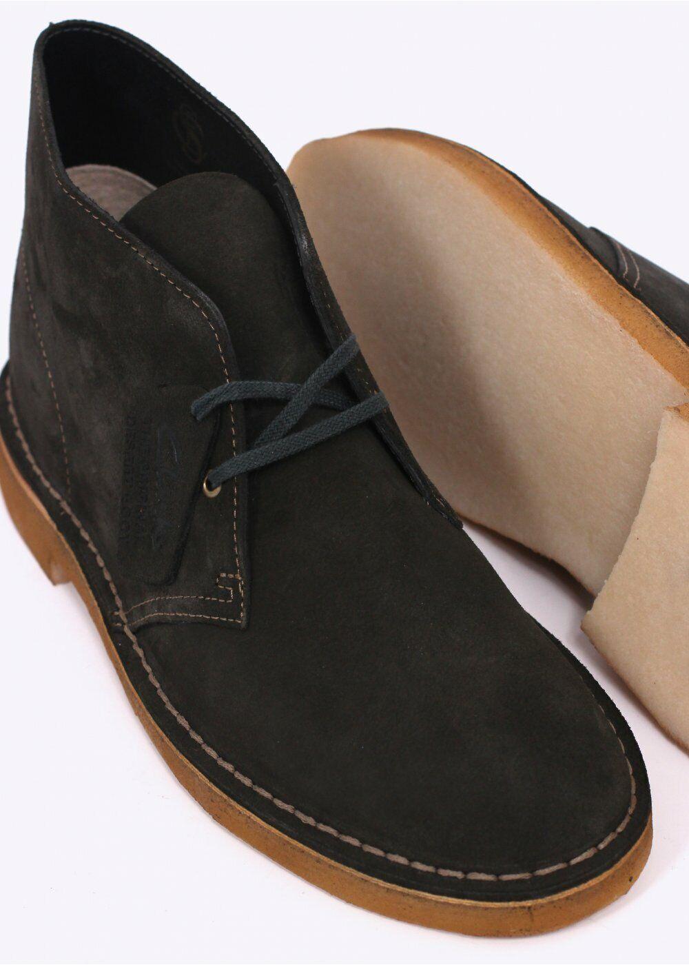 Clarks Desert Stiefel Mens Loden Grün Suede Stiefel in Größe UK9.5 (EU44  US10.5)