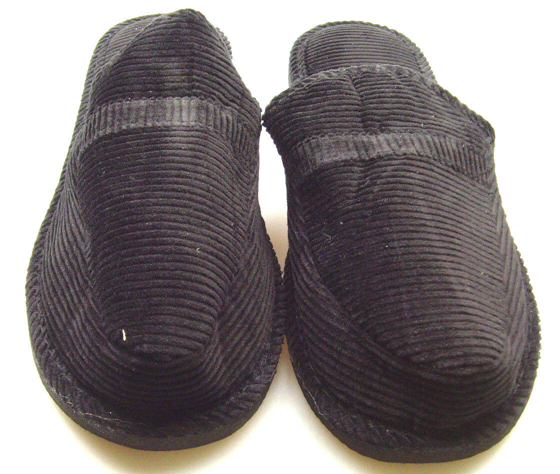 Mens Slippers House Shoes Corduroy Moccasin Slip On Indoor Outdoor Comfort BT218