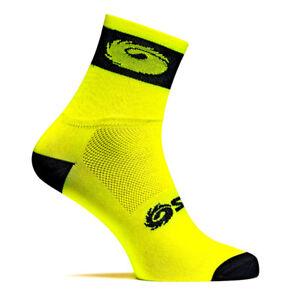 Calze-ciclismo-coppia-calzini-giallo-fluo-gialli-neon-SIDI-sport-tecnici