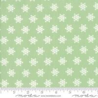 Green Sugar Plum Christmas Fabric Snowflake Fabric Christmas Quilt Fabric By1/2y